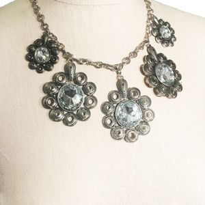 Chunky Metal Quill Flower Statement Necklace